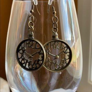 Jewelry - 🕰Bronze clock pierced earrings🕰